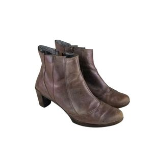 Naot Leather Iredescent Brownish Tan Ankle Booties